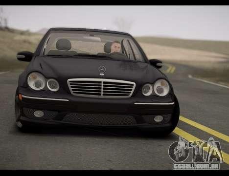 Mercedes-Benz C32 W203 2004 para GTA San Andreas traseira esquerda vista