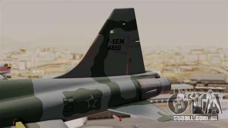 Northrop F-5E Tiger II Texture FAB para GTA San Andreas traseira esquerda vista