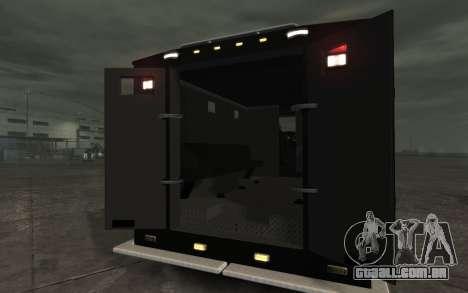 International 4000-Series SWAT Van para GTA 4 vista direita
