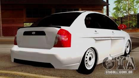 Hyundai Accent para GTA San Andreas esquerda vista