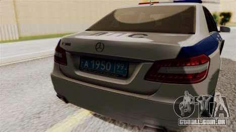 A Mercedes-Benz E500 Ministério da administração para GTA San Andreas vista traseira