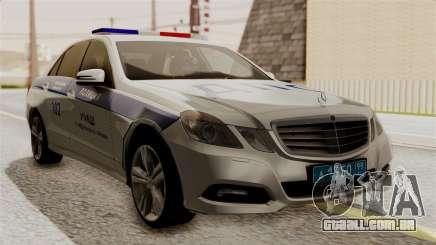 A Mercedes-Benz E500 Ministério da administração interna polícia de trânsito para GTA San Andreas