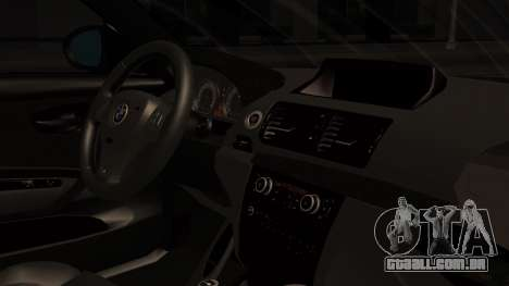 BMW 1M E82 with Sunroof para GTA San Andreas vista direita