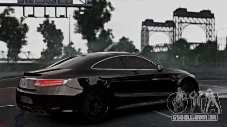 Mercedes-Benz S63 Coupe AMG 2015 para GTA 4 esquerda vista