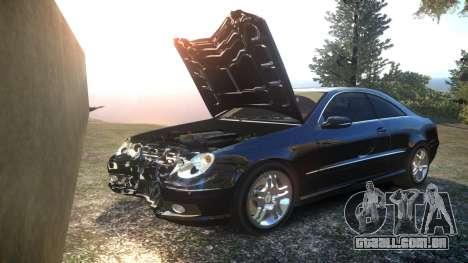 Mercedes CLK55 AMG Coupe 2003 para GTA 4 vista inferior