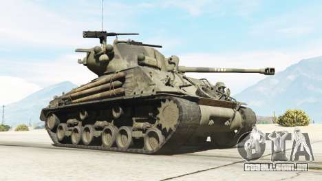 GTA 5 M4A3E8 Sherman Fury vista lateral direita