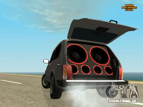 VAZ 2123 Niva auto Som para GTA San Andreas esquerda vista