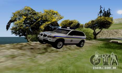 BMW X5 Ukranian Police para GTA San Andreas esquerda vista