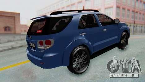 Toyota Fortuner TRD Sportivo Vossen para GTA San Andreas traseira esquerda vista