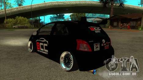 Toyota Yaris (Vitz) [Black Car Community] para GTA San Andreas traseira esquerda vista