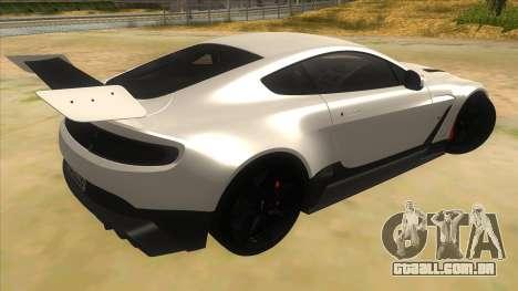 2015 Aston Martin Vantage GT12 para GTA San Andreas vista direita