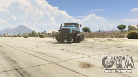 GTA 5 Ural-4320 1.2 vista lateral direita