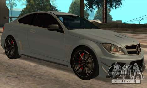 Mercedes-Benz C63 AMG Black-series para GTA San Andreas