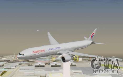 Boeing 777-300ER China Eastern Airlines para GTA San Andreas traseira esquerda vista