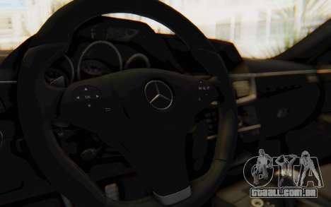 Mercedes-Benz E63 German Police Blue para GTA San Andreas vista interior