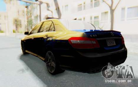 Mercedes-Benz E63 German Police Blue para GTA San Andreas esquerda vista
