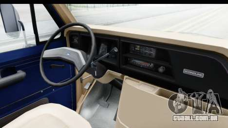 Ford E-350 Cube Truck IVF para GTA San Andreas vista interior