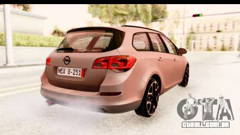 Opel Astra J Tourer para GTA San Andreas esquerda vista