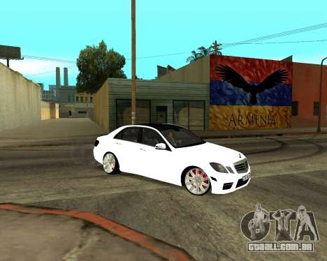 Mercedes-Benz E250 Armenian para as rodas de GTA San Andreas