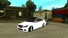 Mercedes-Benz E250 Armenian para GTA San Andreas
