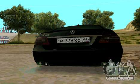 Mercedes-Benz E63 para GTA San Andreas vista interior