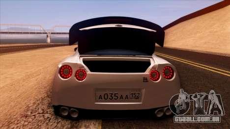 Nissan GT-R R35 para GTA San Andreas vista inferior