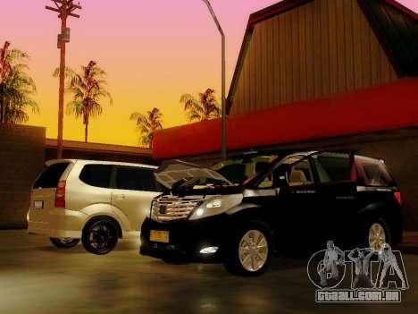 Toyota Alphard Taxi Silver Bird para GTA San Andreas traseira esquerda vista