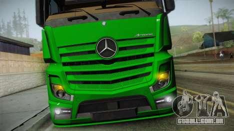 Mercedes-Benz Actros Mp4 6x2 v2.0 Gigaspace v2 para GTA San Andreas vista direita