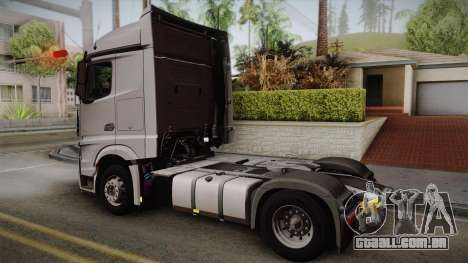 Mercedes-Benz Actros Mp4 4x2 v2.0 Steamspace v2 para GTA San Andreas esquerda vista