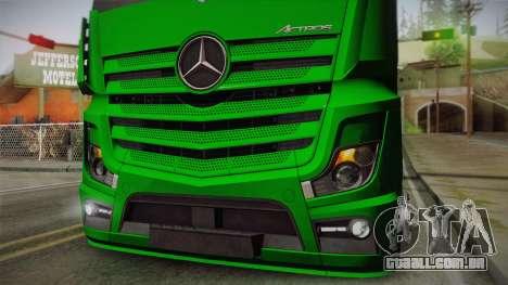 Mercedes-Benz Actros Mp4 4x2 v2.0 Gigaspace para GTA San Andreas vista traseira
