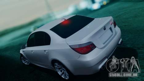 BMW M5 E60 para GTA San Andreas vista inferior