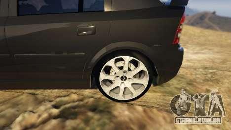 GTA 5 Chevrolet Astra GSI 2.0 16V traseira direita vista lateral