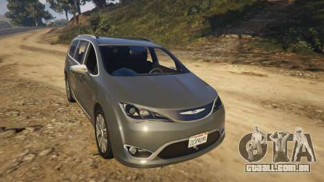 GTA 5 Chrysler Pacifica Limited 2017 traseira direita vista lateral