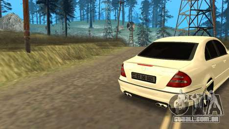 Mersedes-Benz E55 Armenian para GTA San Andreas