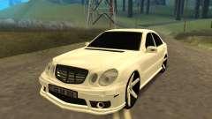 Mersedes-Benz E55 Armenian