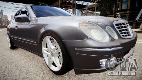 Mercedes-Benz AMG E320 W211 para GTA 4
