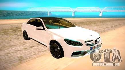 A Mercedes-Benz E63 AMG белый para GTA San Andreas