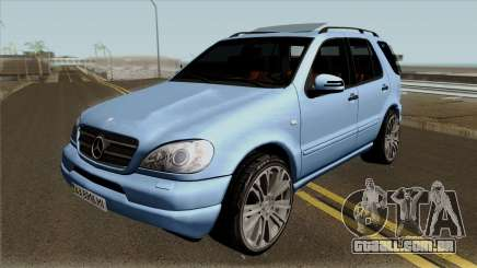 Mercedes-Benz ML55 para GTA San Andreas