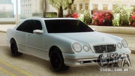 Mercedes-Benz W210 E55 AMG para GTA San Andreas