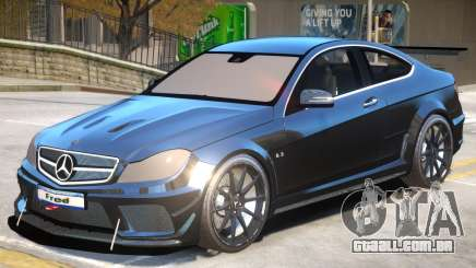 Mercedes Benz C63 Custom para GTA 4
