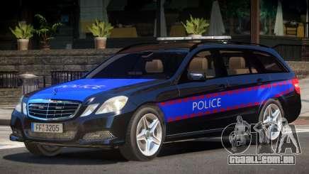 Mercedes E350 Police V1.0 para GTA 4
