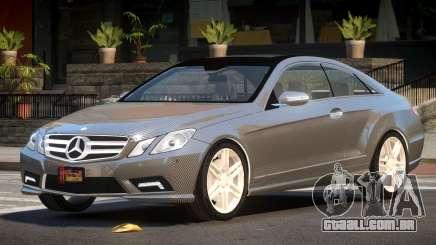 Mercedes E500 MS PJ4 para GTA 4