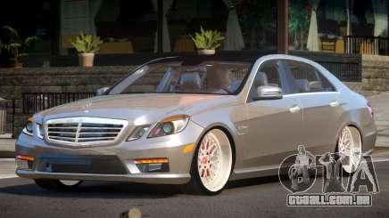 Mercedes Benz E63 A-Style para GTA 4