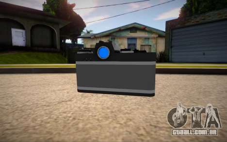 The camera is Nikon para GTA San Andreas